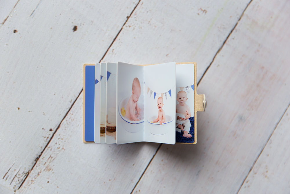 a photo of a mini photo album