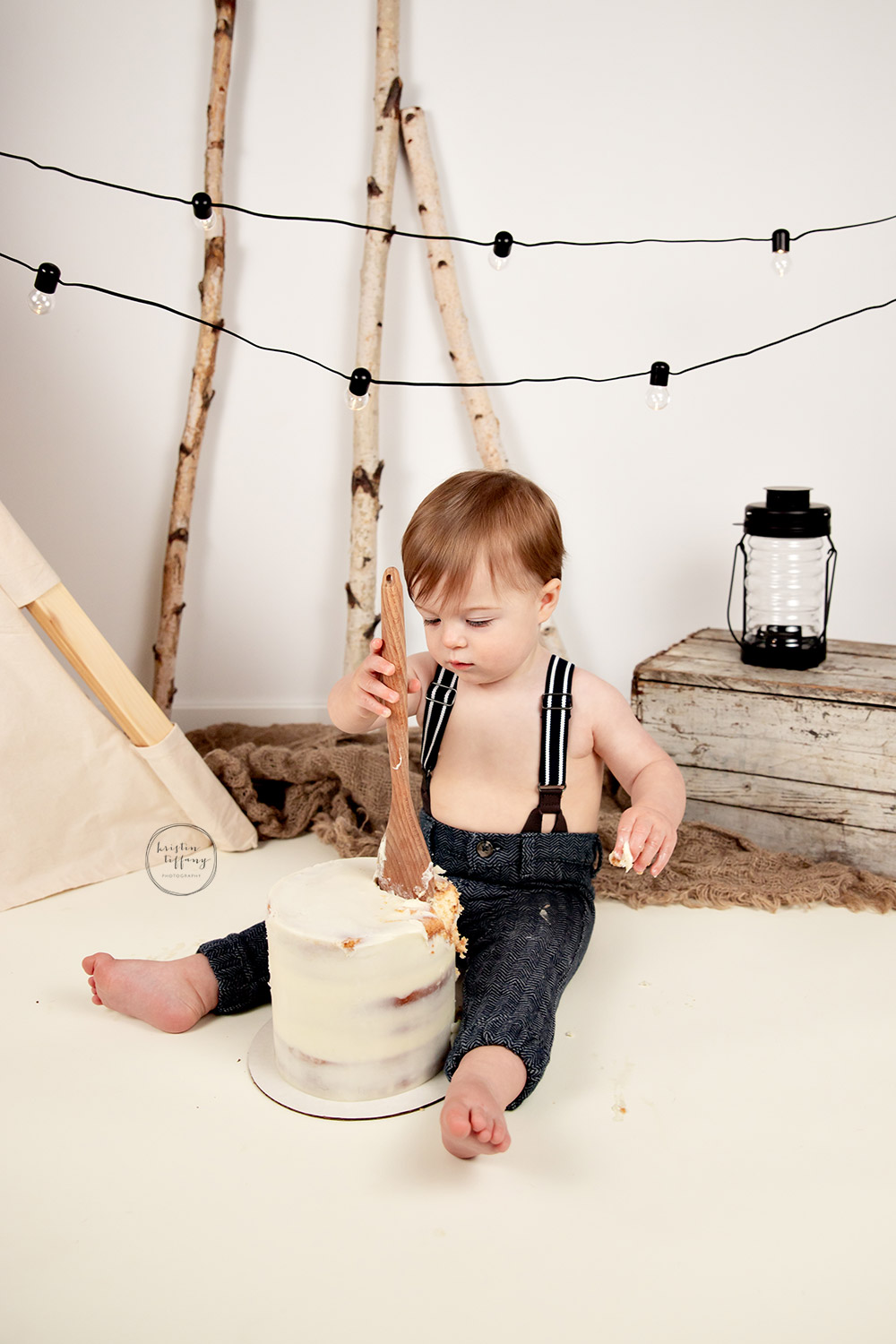 a photo from a cake smash session with Kristin Tiffany Photography